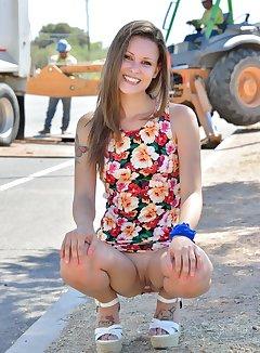 Street Upskirt Pics