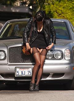 Upskirt Car Pics